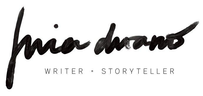 Blog header- Miaaaa