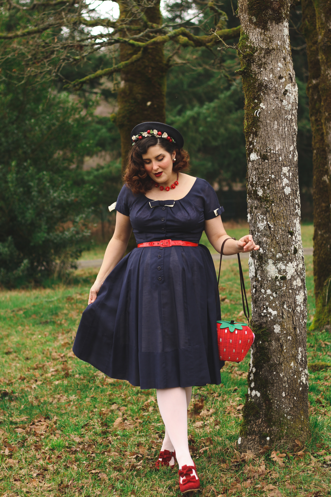 Vintage Snow White outfit