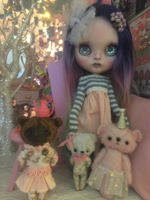 Aura and her beary nice friends!