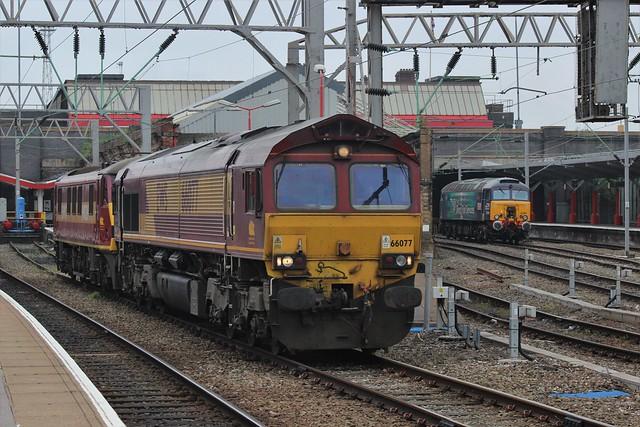 DB Cargo Class 66077 + Class 90 90028 and DRS Class 57 57307