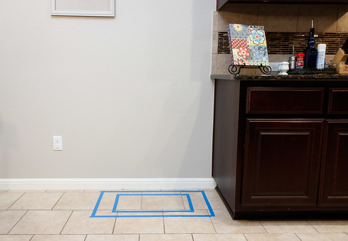 aquarium stand placement outline near outlet