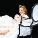 Dahlia Blanc avec Rose sitting
