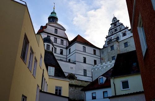 germany deutschland bavaria bayern neuburg addonau palace castle schloss burg blue sky blauer himmel architecture architektur rennaisance ©allrightsreserved