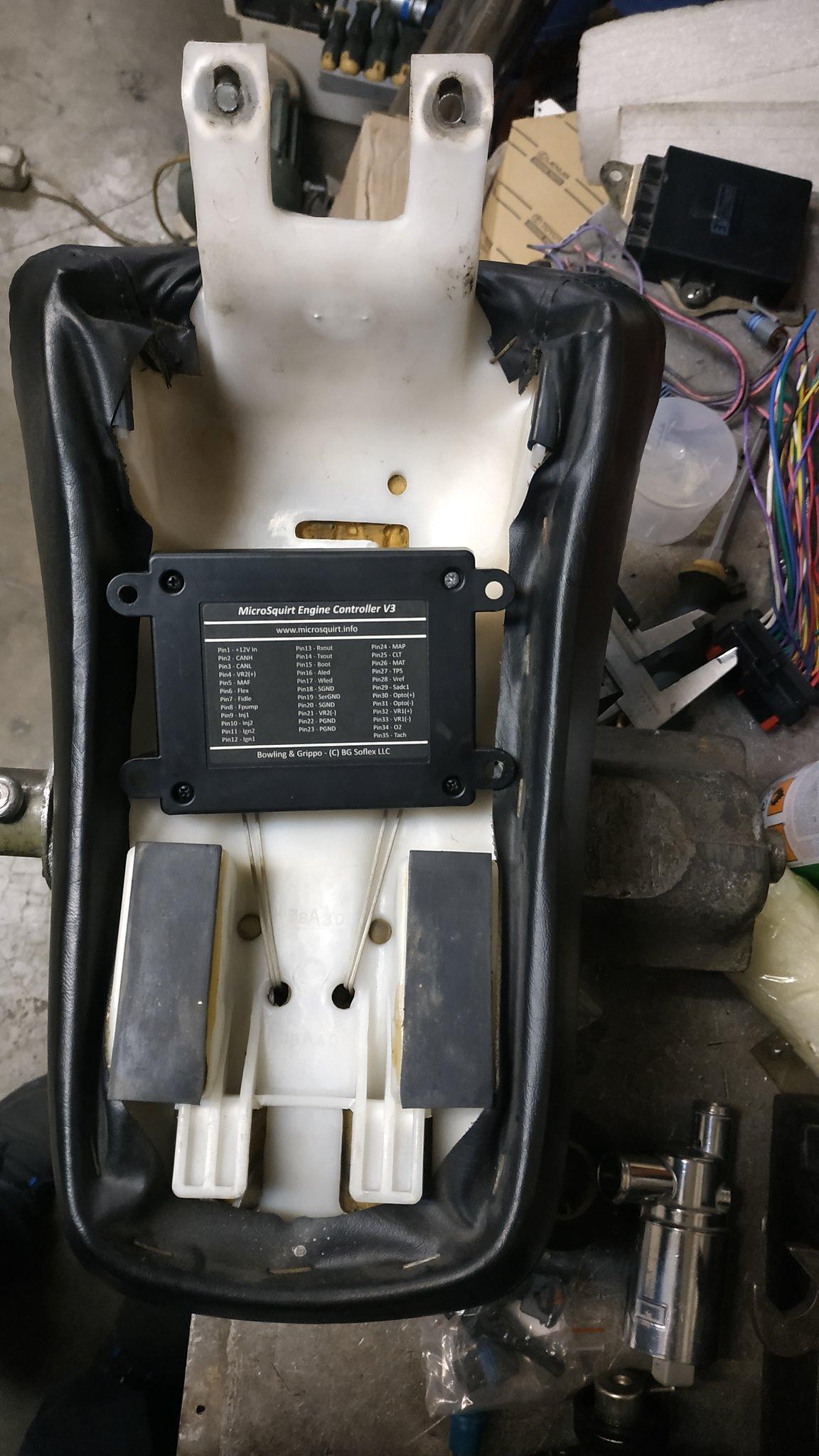 EFI conversion on VS800 49528818488_8753385945_k