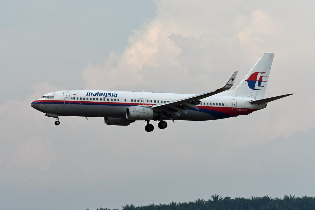 Malaysia Airlines Boeing 737-8FZ(WL) 9M-MLF