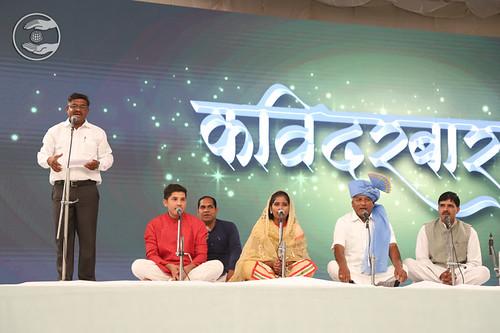 Hindi Kavita by Angad Yadav Ji, Dombiwali, MH