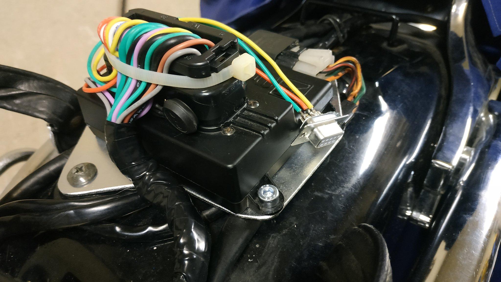 EFI conversion on VS800 49529248336_08b7c84542_k