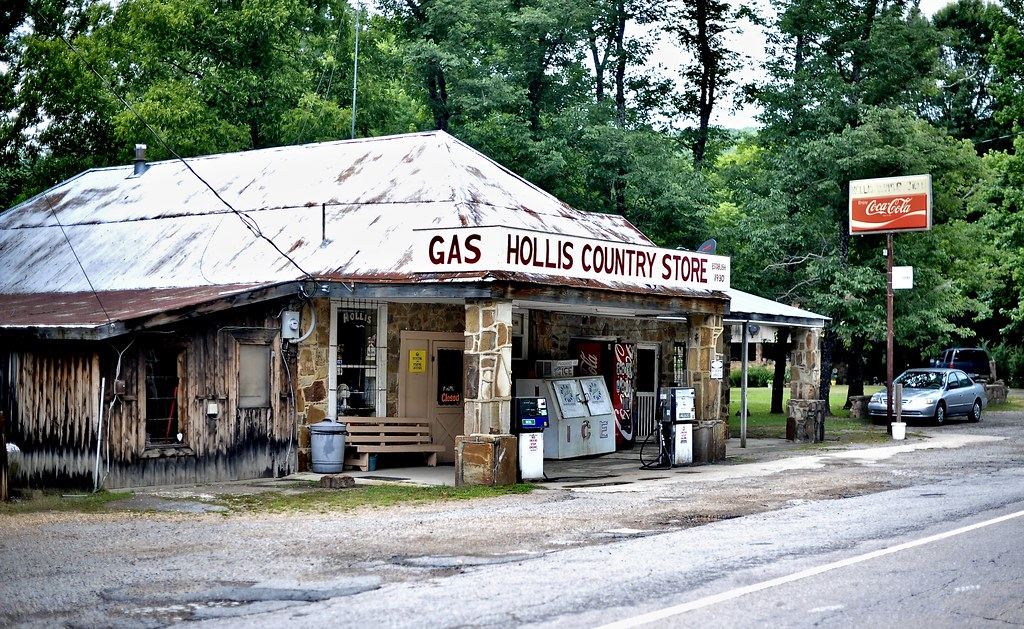 Hollis Country Store - Plainview, Arkansas
