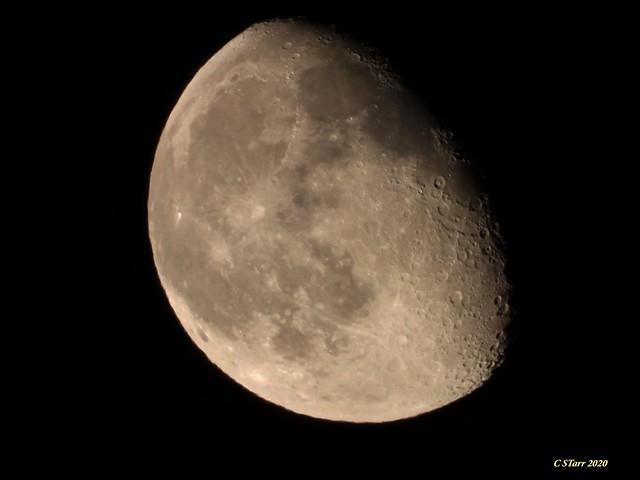 DSCN6159 shooting the moon