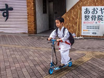 Nihon_arekore_02061_Karate_kid_patini_100_cl