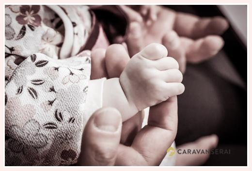 赤ちゃんの手のアップ写真 100日祝い