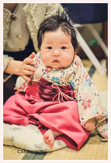 100日祝い 3か月の女の子赤ちゃん 着物風ロンパースでコーデ
