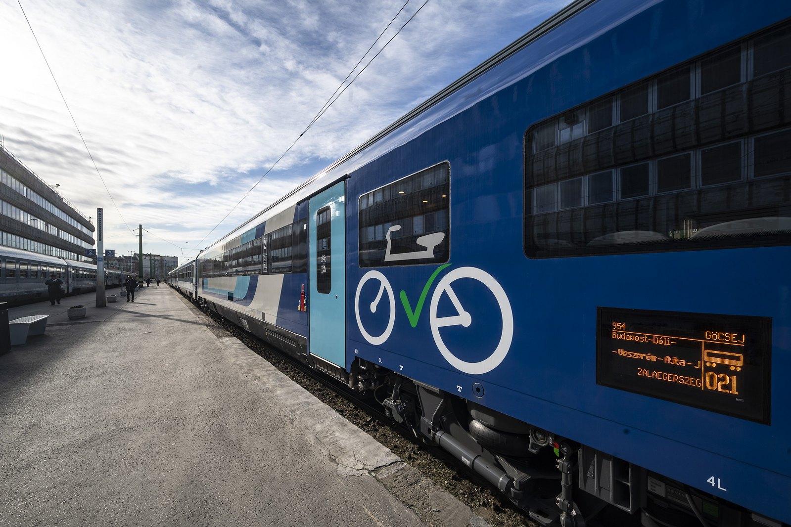 A MÁV igazi, nyugat-európai vasúti kocsikkal pezsdítené a szegedi InterCity-vonalat