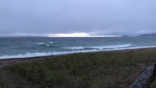 Lake Superior - stromy beach