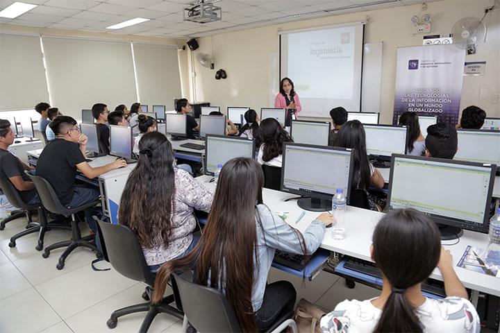 """Facultad de Ingeniería realizó talleres vivenciales """"Vive la Ingeniería 4.0 en la USIL"""""""