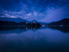 Hora azul en el lake Bled. Eslovenia.