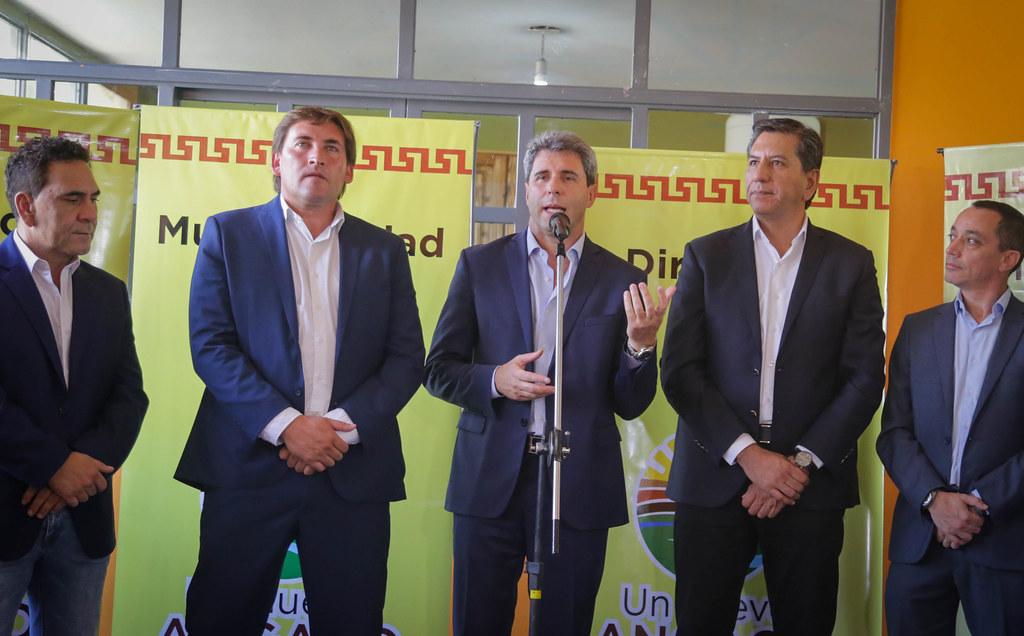 2020-02-13 PRENSA: Sergio Uñac visitó un Jardín de Cosecha en Angaco