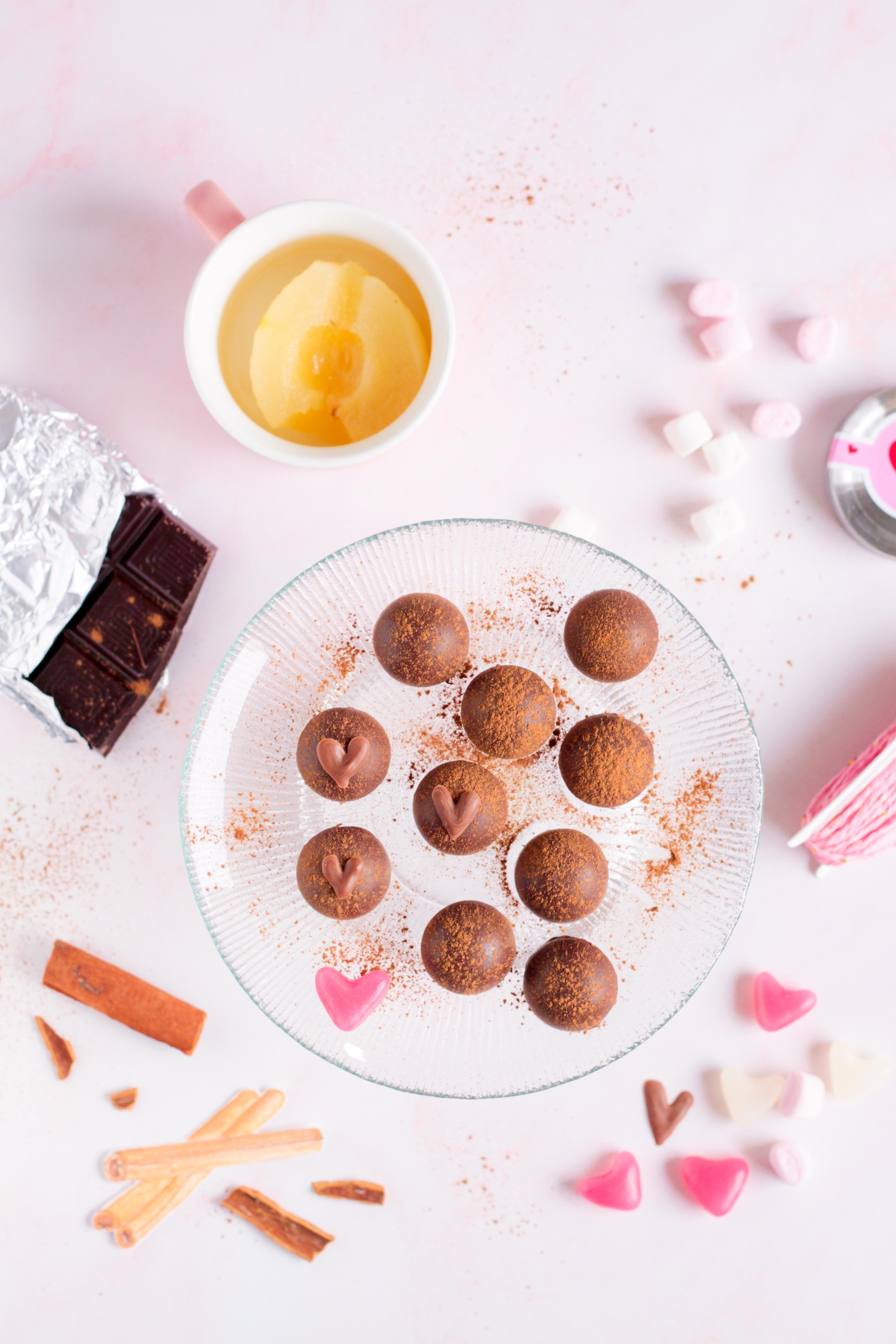 cioccolatini ripieni pera e cannella