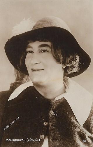 Marcel Vallée as Mousqueton in Les Trois Mousquetaires (1921)