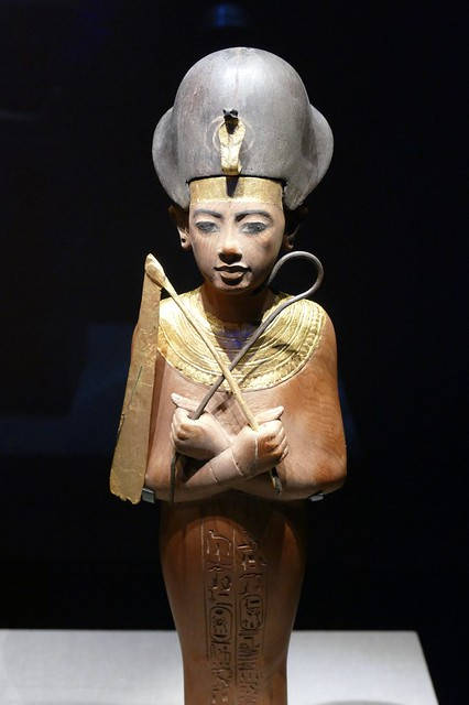 statue from tomb of Tutankhamun