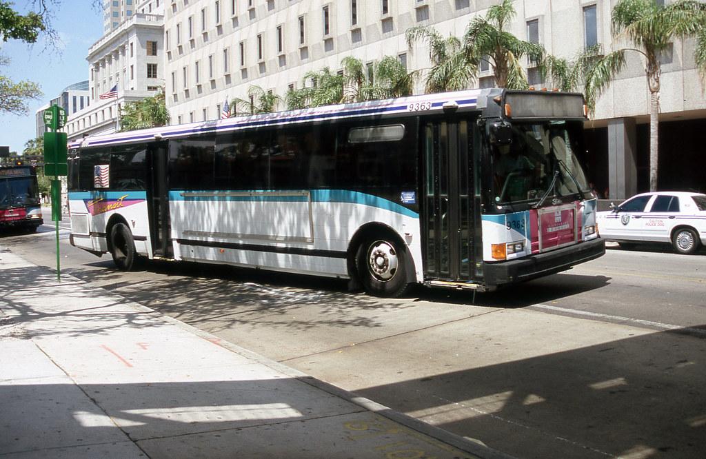 MDTA 9363 (Miami) 4-28-2006 john lebeau