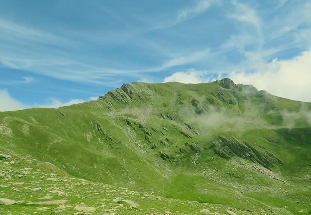 Face Sud du Cheval Noir, libérée du brouillard.