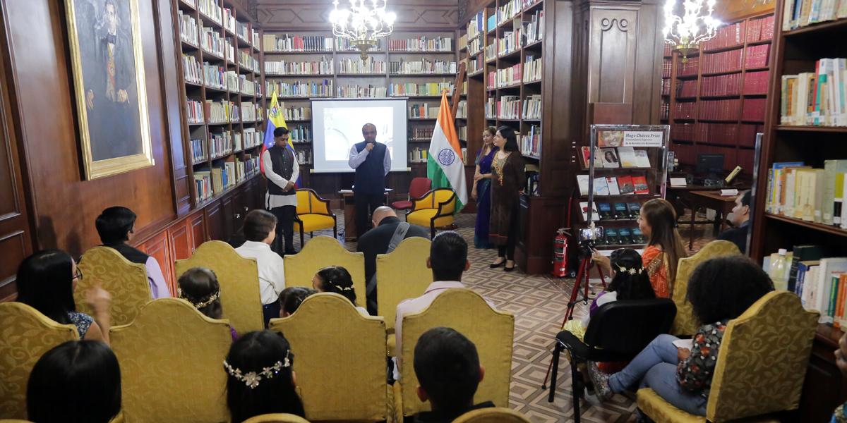 Casa Amarilla refuerza los valores de Mahatma Gandhi en Venezuela