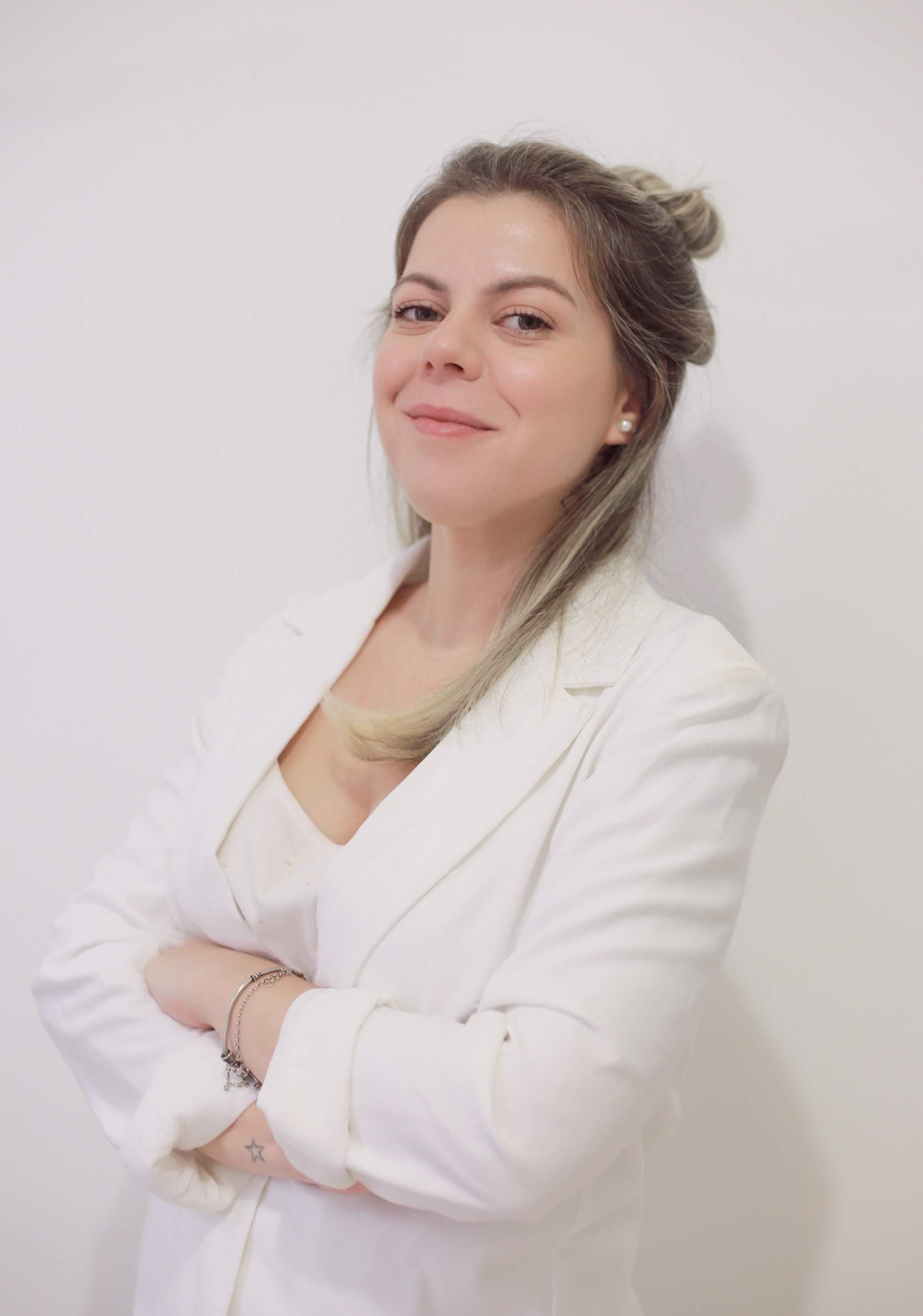 Nova Editora Time Bla - Amanda Cavalcanti