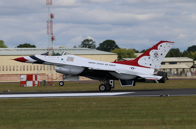 Thunderbird '1', General Dynamics F-16C Fighting Falcon, United States Air Force, RAF Fairford, Gloucestershire