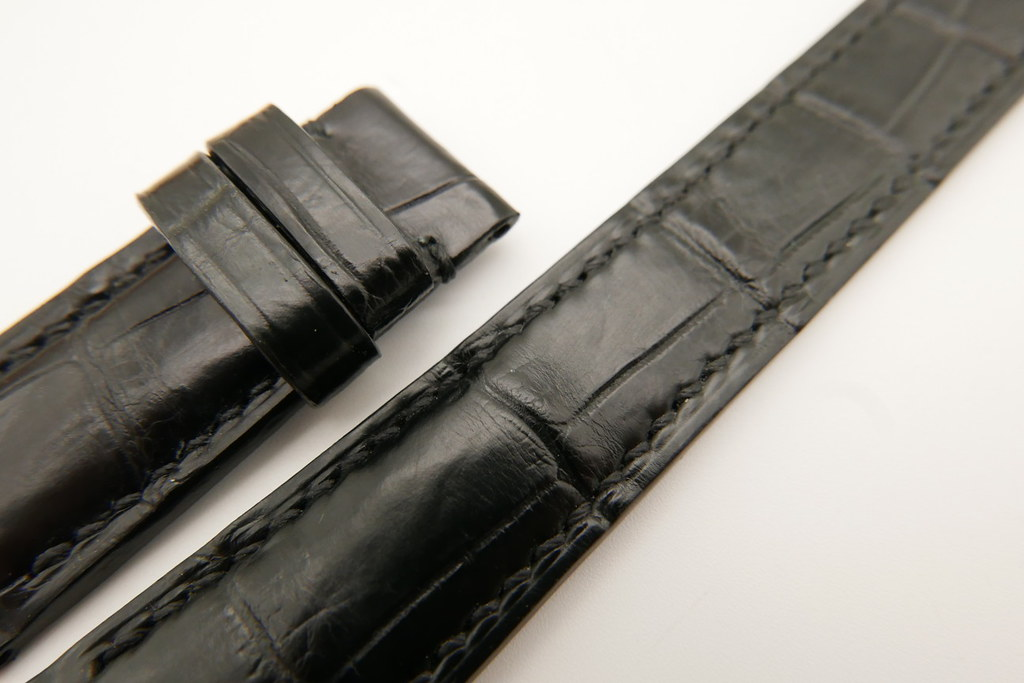 P1600023 (FILEminimizer) | by Ziczac Leather