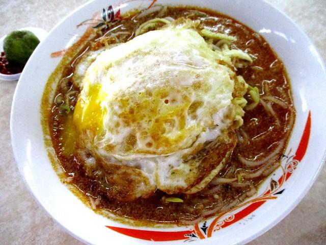 Bateras Food Court Sarawak laksa with egg