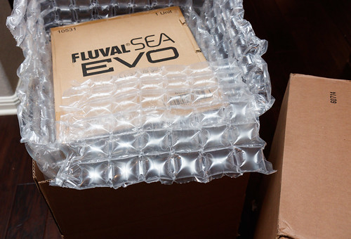 Fluval EVO 13.5 Saltwater Aquarium Packaging