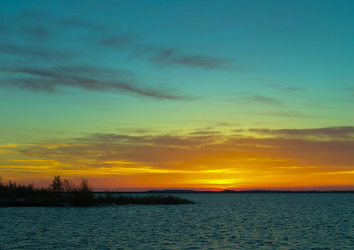sepan sony f828 lightroom co colorado aurors aurorsreservoir water sky sunrise park