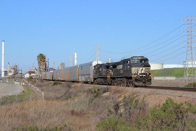 BNSF V-BLURIC3 10A at Maltby, CA