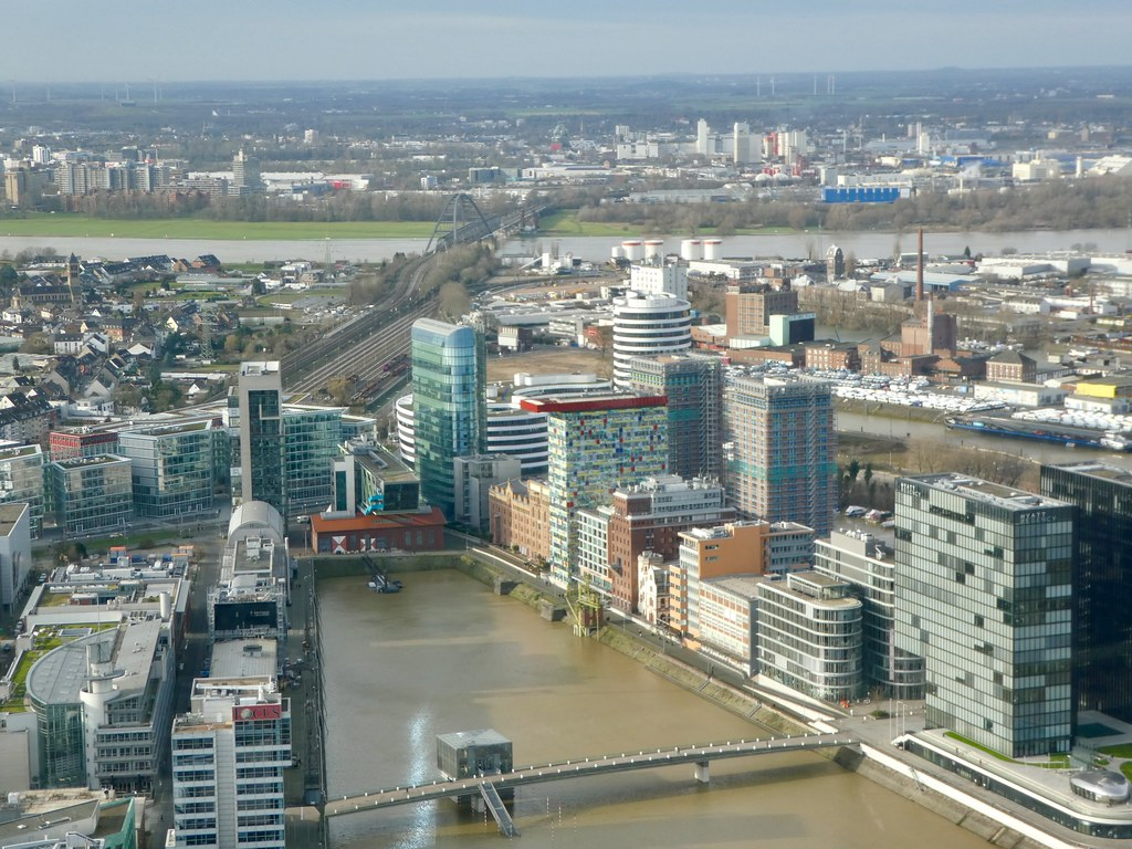 Rhenturn observation deck over Media Harbour, Düsseldorf