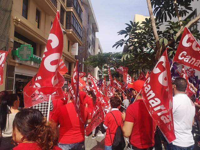 Marcha por el empleo y la negociación colectiva de CCOO en la calle Real de Arrecife (14-02-20)