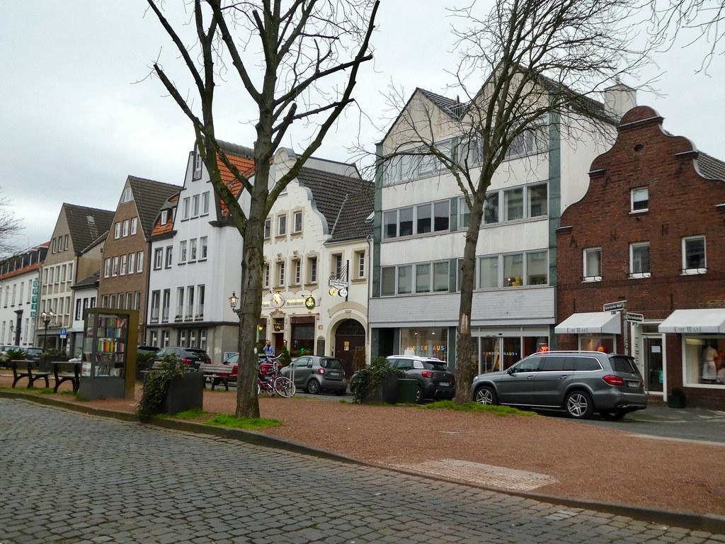 Kaiserwerth, Dusseldorf