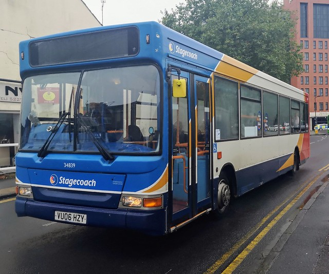 Stagecoach West 34839 is on Corporation Street in Swindon while on 10 to Kingsdown. - VU06 HZY - 24th October 2019