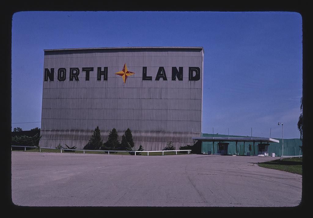 North Land Drive-in Theater, Dort Highway, Flint, Michigan (LOC)