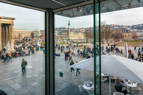 schlosplatz stuttgart kunstmuseum neuesschlos jubiläumssäule königsbau