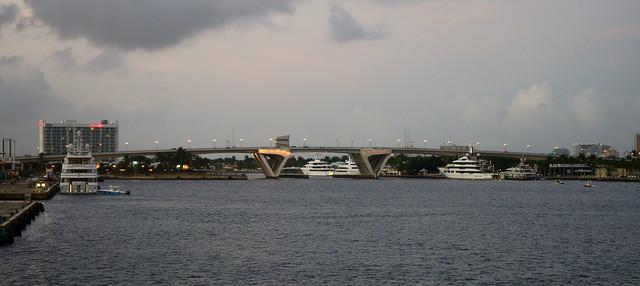 17th Street Bridge at dusk