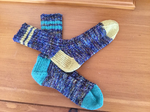 Mismatched socks!! Love these knit by Debbie (debsnubs)!