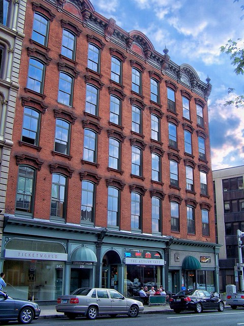 Hartford  Connecticut - MAISON MORNEAULT Built 1905 - 247-251 Asylum St