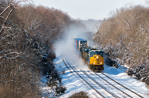emd st70ac tier 4 locomotive railroad progress rail snow winter indianapolis line rural sweeping curve blizzard q008