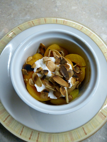 Warmed Apticots with Honey and Toasted Almonds