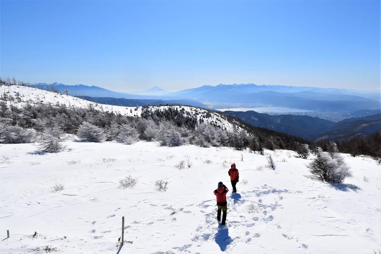 鉢伏山山頂から眺める富士山と諏訪湖