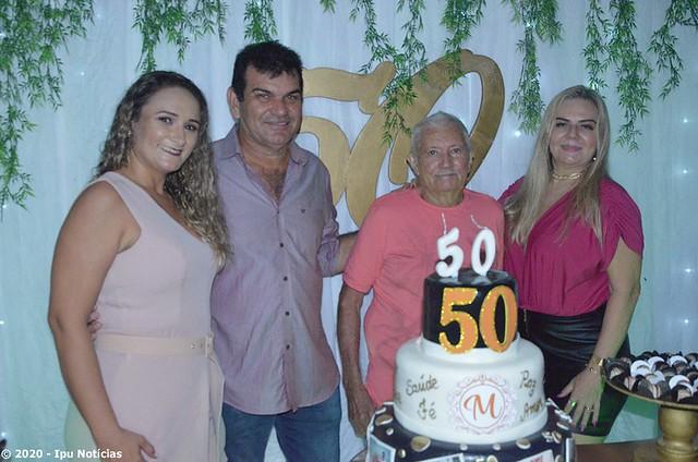 Empresário Mauro de Paiva comemora 50 anos ao lado da família e amigos