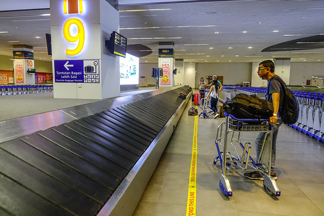 Airport luggage conveyor belt