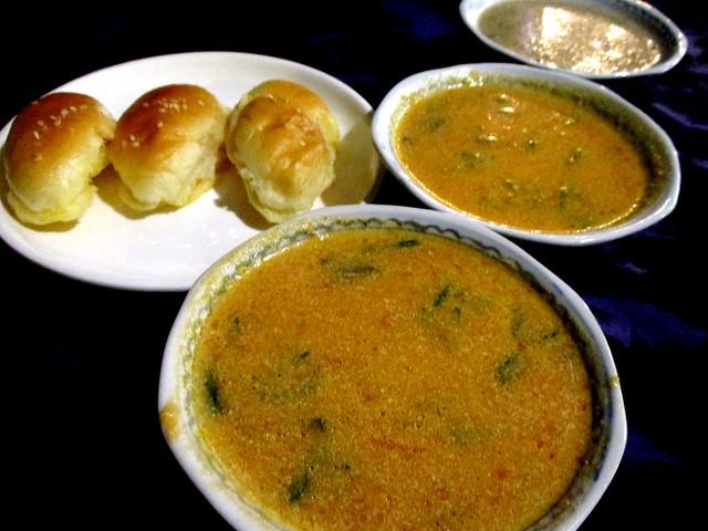 Fresh tomato & mushroom soups with garlic buns