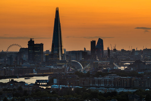 london theshard towerbridge londoneye riverthames canarywharf novotelcanarywharf rotherhithe oneblackfriars canon 70200mmf4lis lenskirt sunset